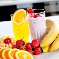 Desery, galaretka i owoce